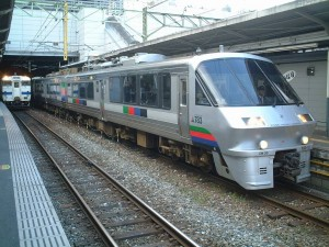 Some of Kamome are serviced by 783 series as well.