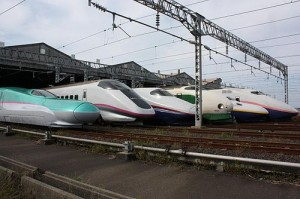 All trains on Tohoku and Joetsu shinkansen. From left to right, E5 (Hayabusa), E3 (Komachi), E2 (Hayate), 200 (Toki/Tanigawa), E4 Max, E1 Max