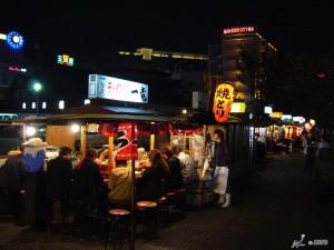 Food stalls in Hakata © Y.Shimizu/© JNTO