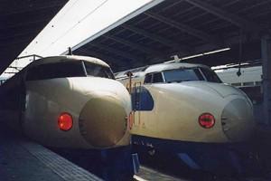 Original Shinkansen 0 series. It has been already disused.