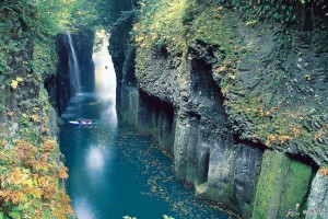 Takachiho Gorge is one of must-see spot in Takachiho. ©JNTO
