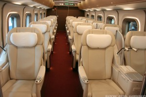 Gran Class seat on E5 series (C) Sonic Rail Garden