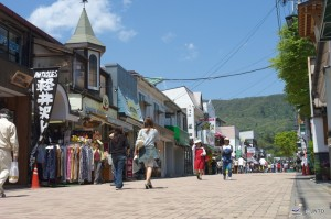 Karuizawa old town district is very popular for shopping. ©Nagano Prefecture/© JNTO