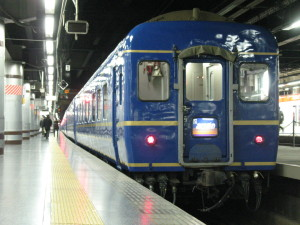 Overnight Limited Express Akebono is one of the way to get Aomori. (C) JP Rail